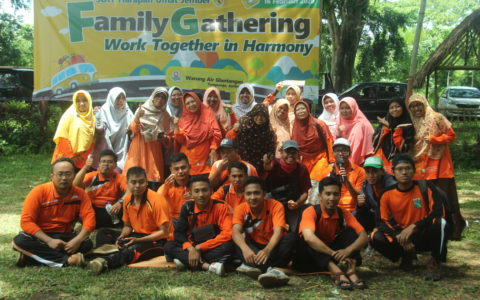 Family Gathering SDIT Harum Jember, Together in Harmony